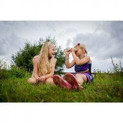 Kaléidoscope enfant Huckleberry avec deux petites filles vue de face