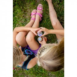Kaléidoscope enfant Huckleberry avec deux petites filles vue du dessus