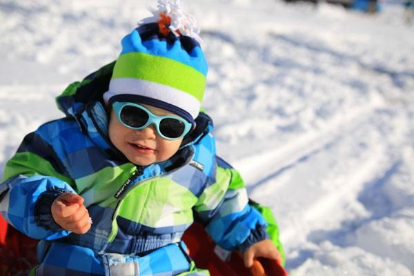 remise pour vente 50-70% de réduction qualité de la marque Habiller bébé au ski
