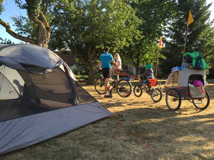 Voyage itinérant en vélo en famille
