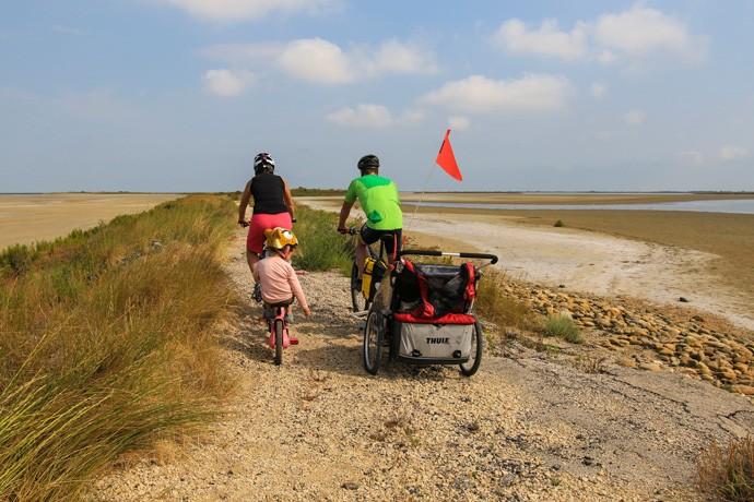 Vélo en Camargue en famille et enfants 0925bd63827