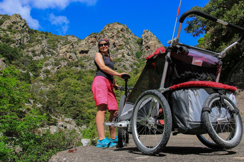 Velo Appartement Pour Enfant comment choisir sa remorque de vélo