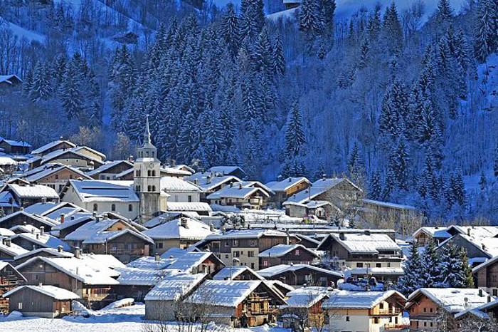 station ski enfant village authentique