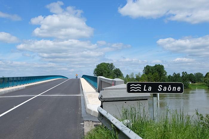Traversée de la Saône à vélo en famille