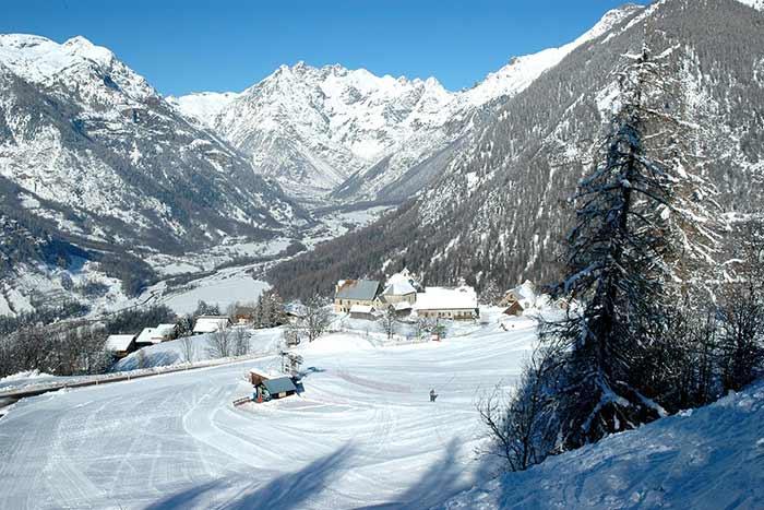 station de ski familiale de serre-eyraud dans le champsaur