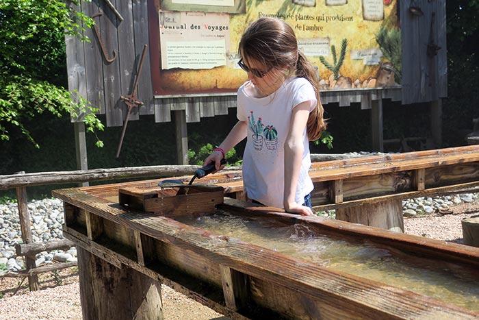 jeu avec de l'eau à terra botanica