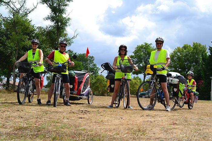 la famille en road trip sur la vélodyssée
