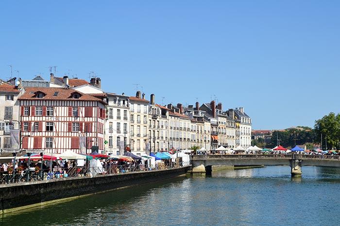 Bayonne et le cours de la Nive