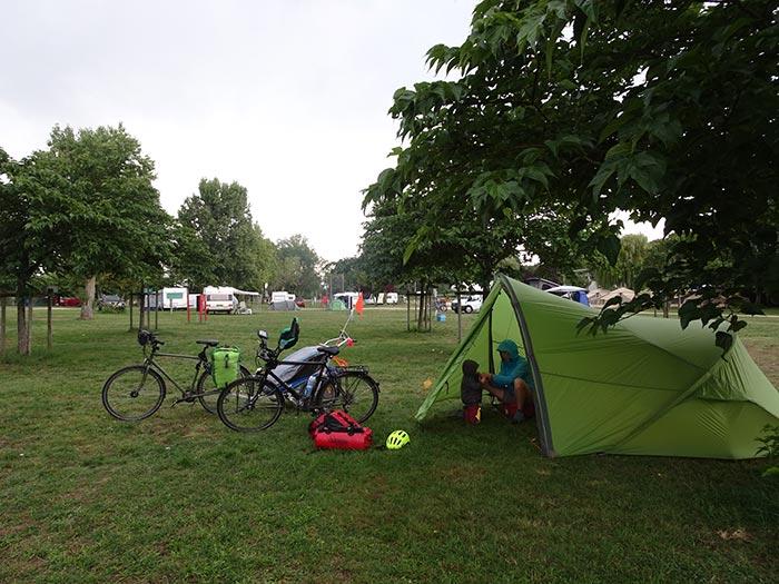 tente et campement à Muides-sur-Loire