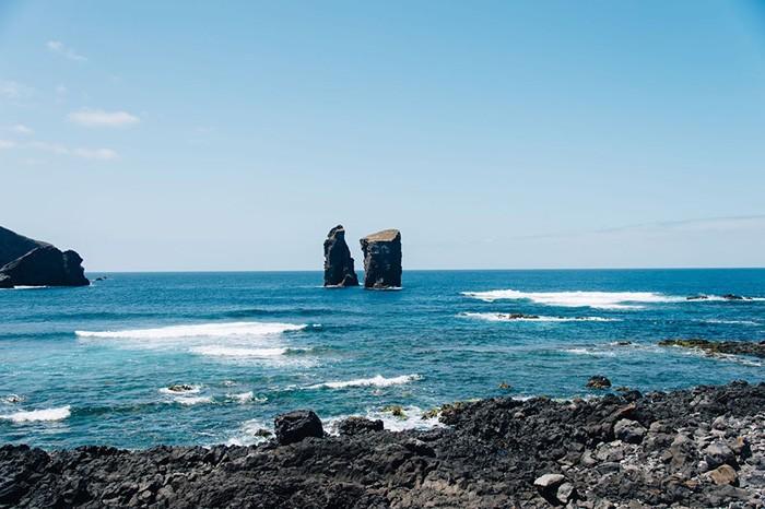 le littoral de Mosteiros aux Açores
