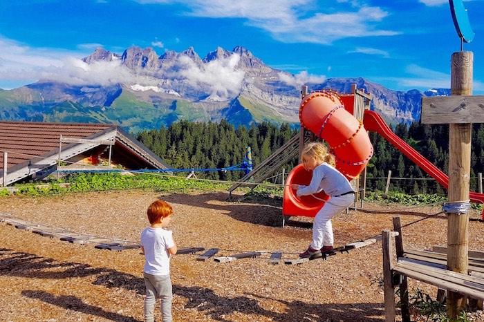 aire de jeux enfant aventure parc point sud champoussin dents du midi