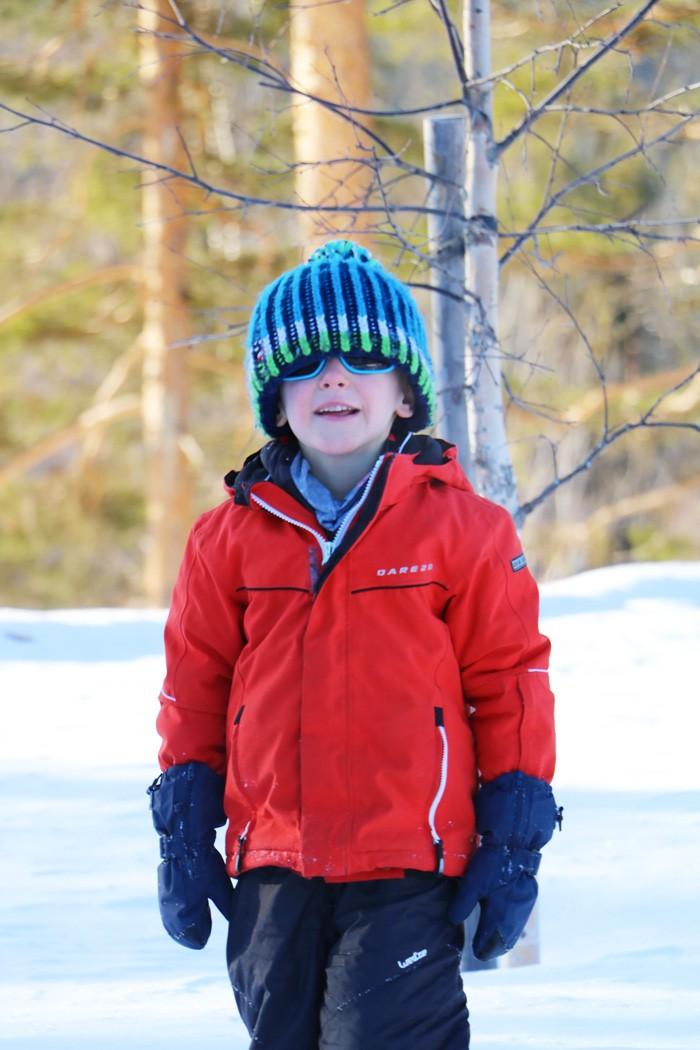 Randonnée raquette enfant Laponie