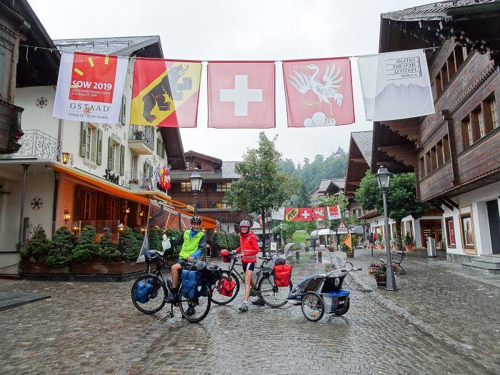 Suisse à vélo en famille Gstaadt