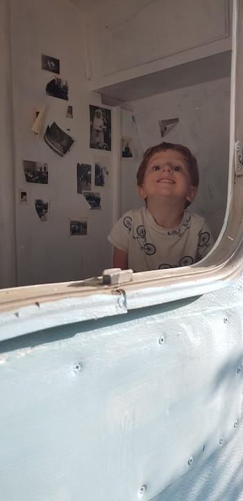Nouvelle maison pour les enfants dans la caravane