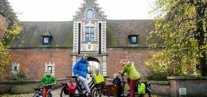 Interview de la famille des BiporteurForever, qui part pédaler de Lille à Stockholm