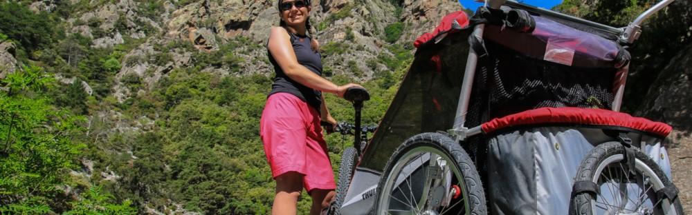 Comment choisir sa remorque vélo enfant