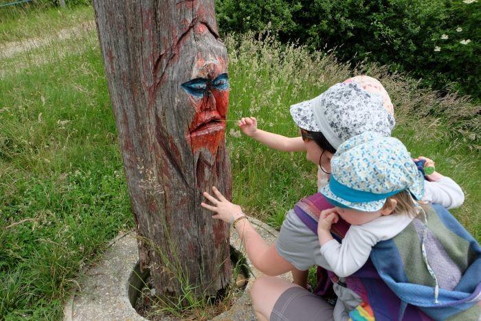 famille randonnée sculptures aux 4 vents vatilieu