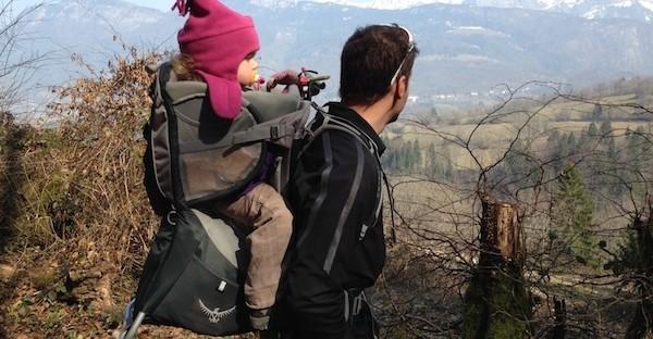 Comment choisir un porte-bébé pour la randonnée ?