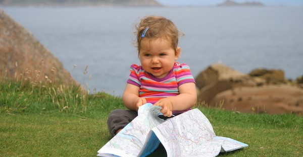 Randonner avec bébé : de la naissance à 18 mois