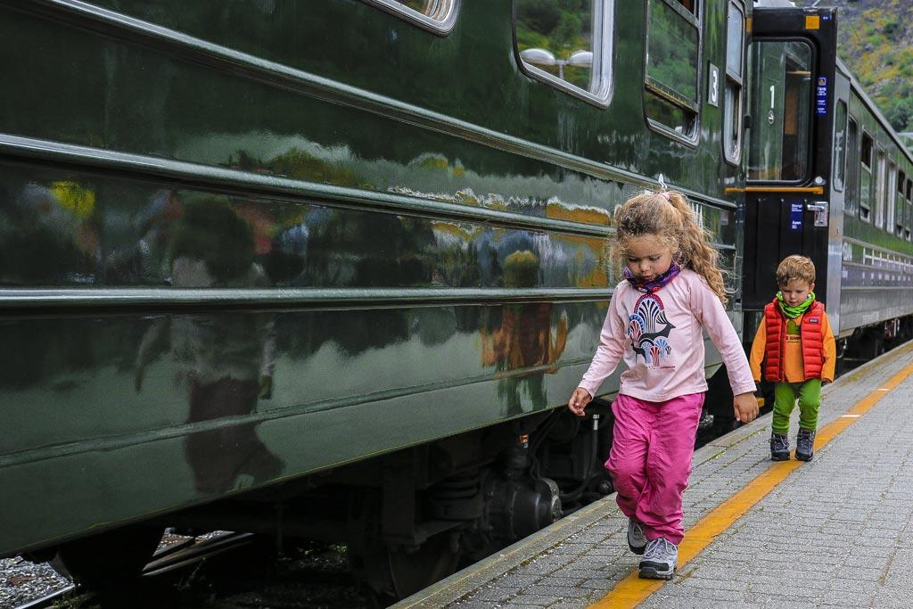 voyager-avec-bebe-train