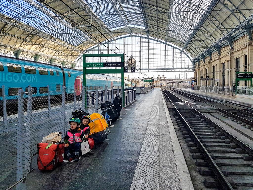 voyage-velo-en-famille-train
