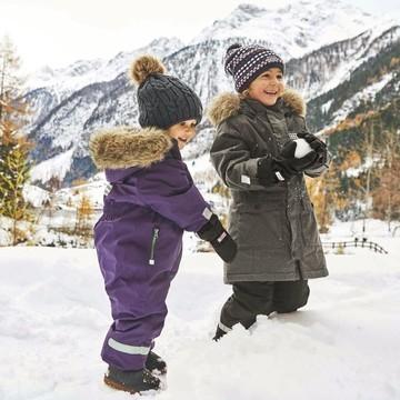 C'est le moment de préparer les vacances au ski !! ⛷  C'est vraiment super de profiter des joies des sports d'hiver avec les oursons 🐻, mais c'est un sacré budget ! 😱  Au fil des années, on a trouvé des astuces pour se faire plaisir en limitant la note 😉  👉 Choix de la station, du lieu, de la période, on vous livre tous nos bons plans sur le blog !   (Lien en bio 👆👆👆)  #vacances #ski #sportdhiver #skienfamille #stationdeski #famille #pascher #bonsplans #petitsbaroudeurs