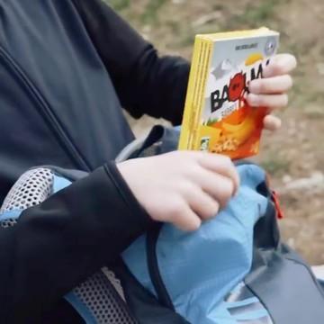 Pssst, il y a du nouveau dans la boutique !  👉 Retrouvez désormais les barres Baouw Kids ⚡  💥 Des barres énergétiques à consommer durant l'effort 🏃 💥 Conçues par un nutritionniste  💥 Pour les kids dès 3 ans 👦 💥 Des recettes délicieuses créées par un chef 2 étoiles 👨🍳 💥 Sans sucres ajoutés 💥 Avec des ingrédients bios 🌱 💥 À emporter partout  Testées cet hiver à la neige, nos oursons 🐻 en sont fans (et nous aussi à vrai dire) ! 😍  #baouw #barresenergetiques #enfant #kids #nutrition #bio #outdoor #sanssucreajoute #petitsbaroudeurs